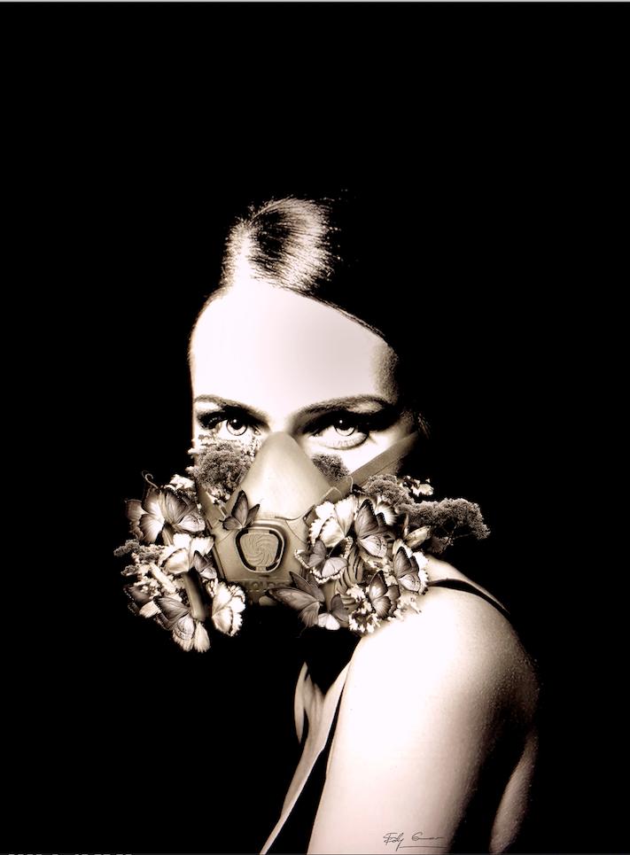 Maschera e farfalle su tela, elaborazione digitale Edy Gree , contemporanea e moderna arte